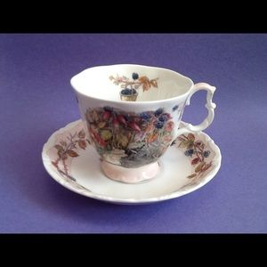 Other - Royal Doulton Autumn Brambly Hedge Teacup Set